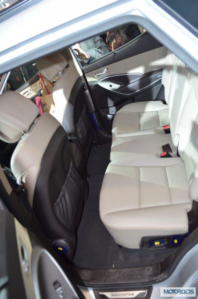 Hyundai Santa Fe Auto Expo 2014 (9)