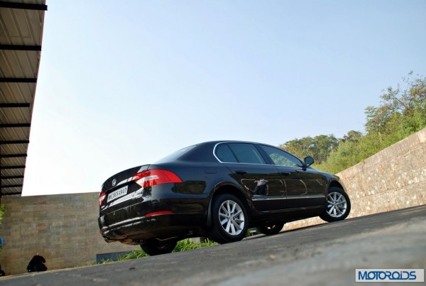 New-2014-Skoda-Superb-facelift-india-launch-date-1