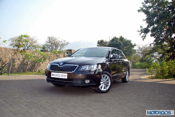 New-2014-Skoda-Superb-facelift-launch