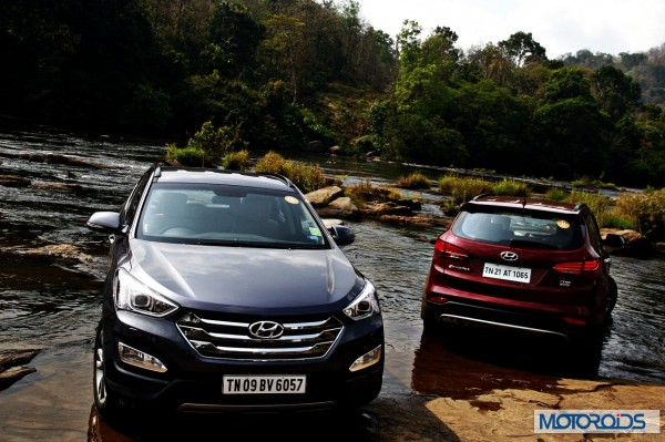 New Hyundai Santa Fe exterior action (5)