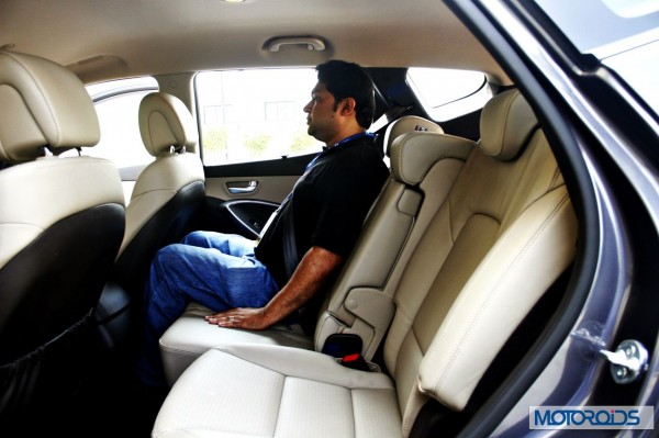 New Hyundai Santa Fe interior (11)
