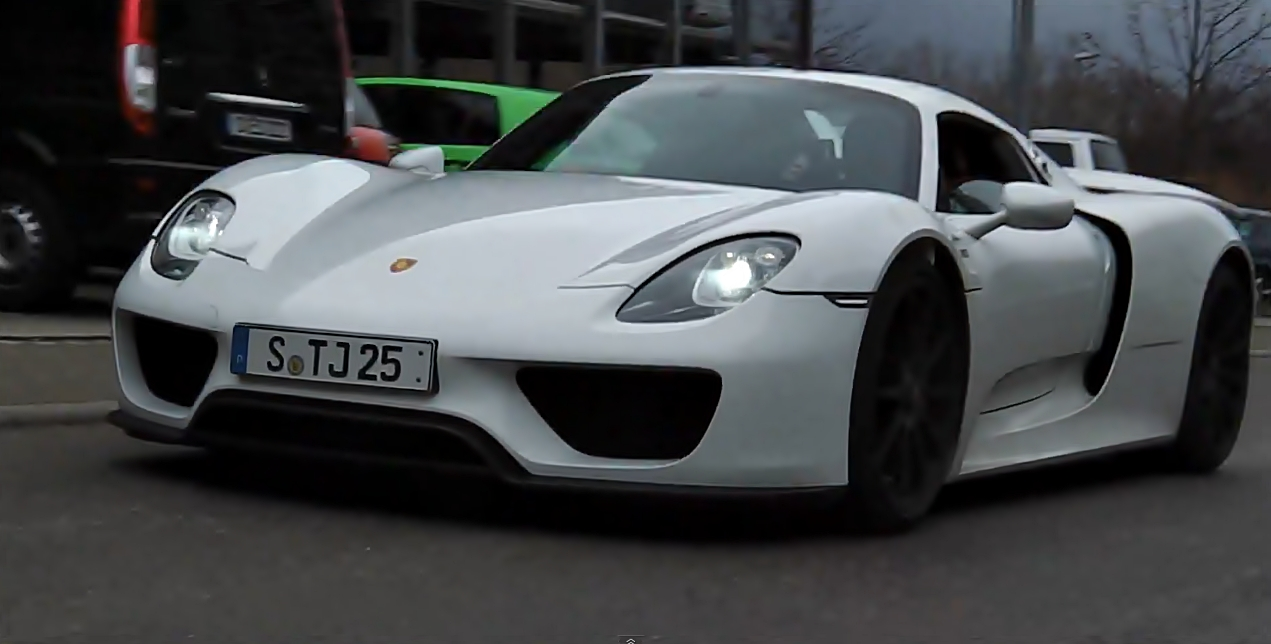 porsche 918 spyder production variant spotted motoroids. Black Bedroom Furniture Sets. Home Design Ideas