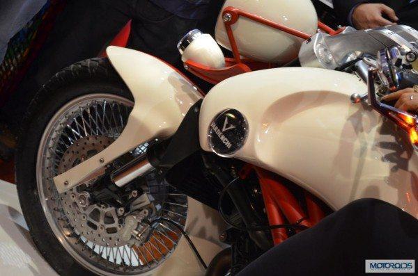 Vardenchi T5 Auto Expo 2014 (12)