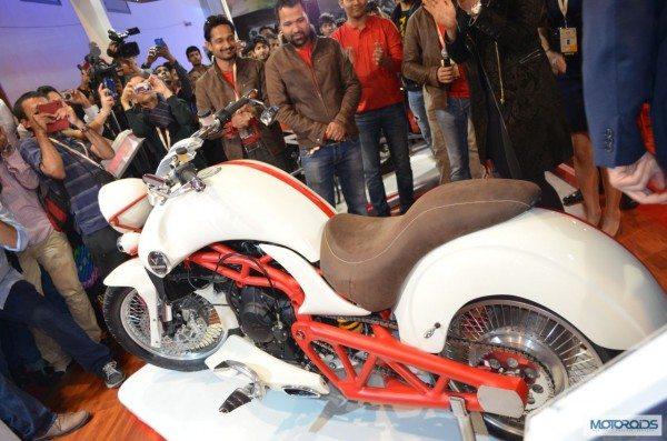 Vardenchi T5 Auto Expo 2014 (6)