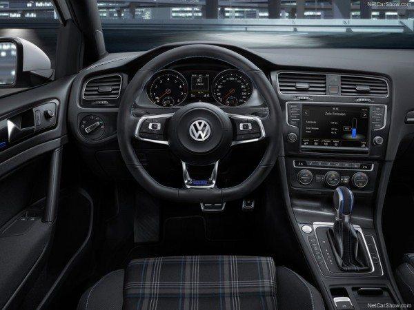 Volkswagen-Golf_GTE_2015 (1)