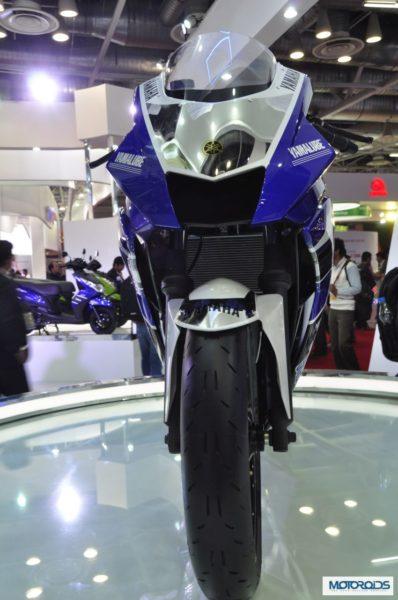 Yamaha-R25-images-auto-expo-2014- (2)