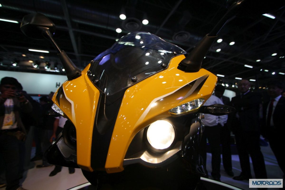 bikes at auto expo 2014 pulsar ss 400 1