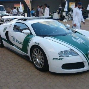 dubai police bugatti veyron pics. Black Bedroom Furniture Sets. Home Design Ideas
