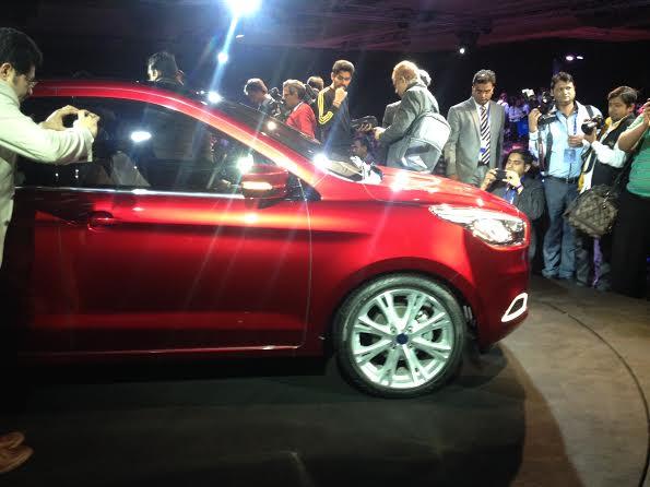 ford-figo-concept-compact-sedan-3