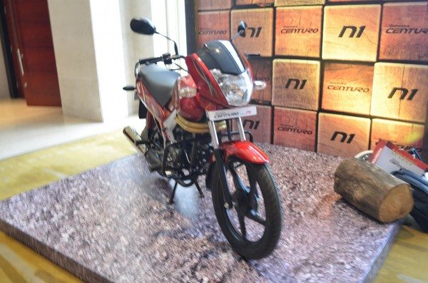 Mahindra Two Wheelers & Hindustan Petroleum jointly develop Miles+ engine oi