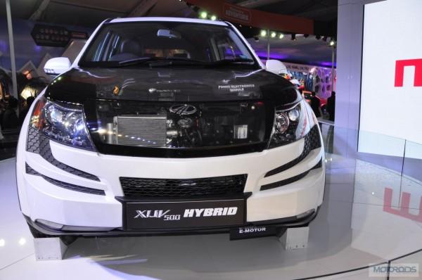 mahindra-xuv500-hybrid-expo-images