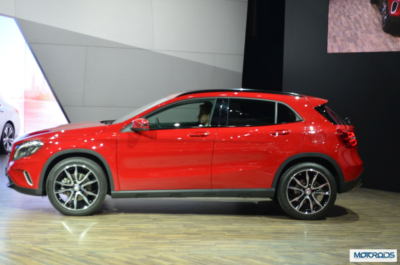 Auto expo 2014 live mercedes gla india debut images for Mercedes benz gla class india