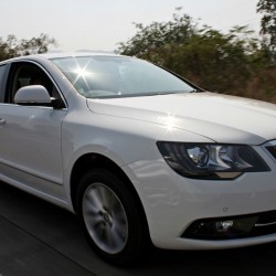 New Skoda Superb facelift India launch today; Stay tuned for LIVE updates