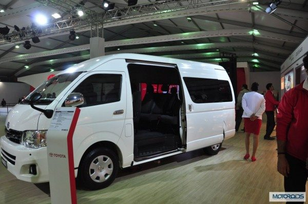 toyota-hiace-india-images-expo- (2)