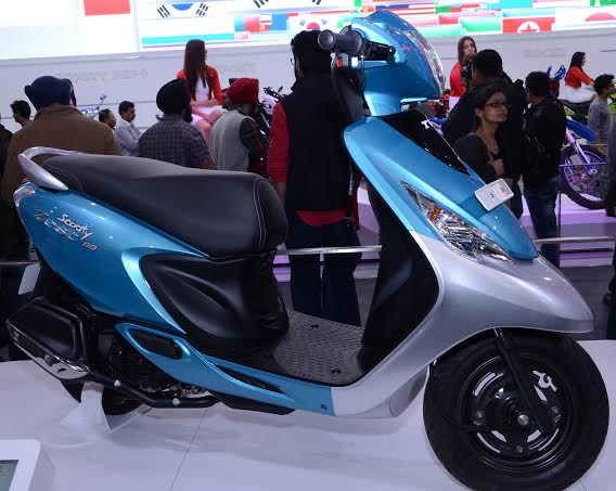 tvs-scooty-zest-images-2