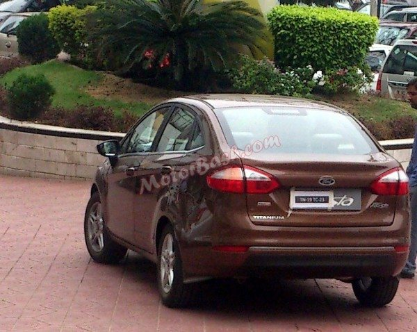 2014-Ford-Fiesta-Facelift-india-images-2