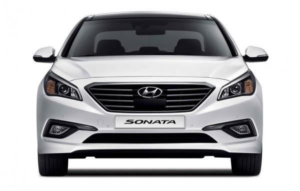 2015-Hyundai-Sonata-front