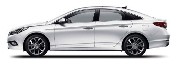 2015-Hyundai-Sonata-side