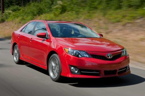 2015-toyota-camry-facelift-new-york-auto-show