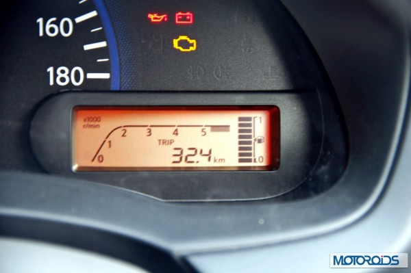 Datsun Go review instrument cluster (4)
