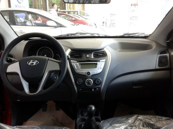 Hyundai_Eon_1.0_launch_images-3