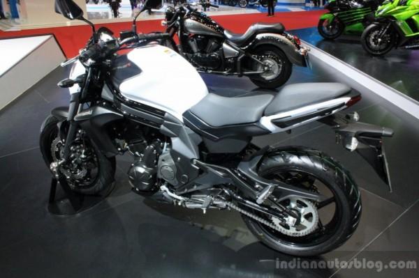 Kawasaki-ER-6n-Bangkok-Motor-Show