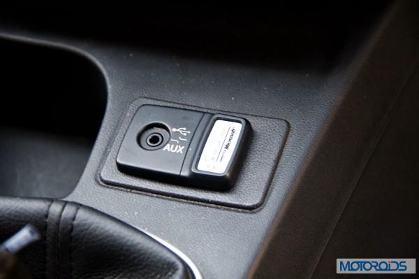 New 2014 Fiat LInea interior review (14)