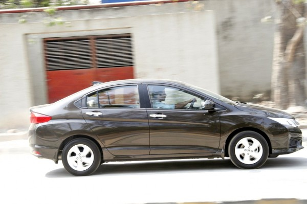 New 2014 Honda City exterior (20)