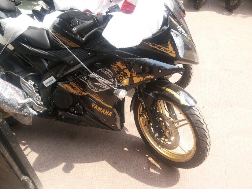 New Yamaha R15 v3 Yamaha-r15-v3-new-3