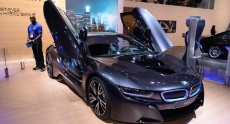 naias-live-bmw-i8-images-auto-expo-2-600x399