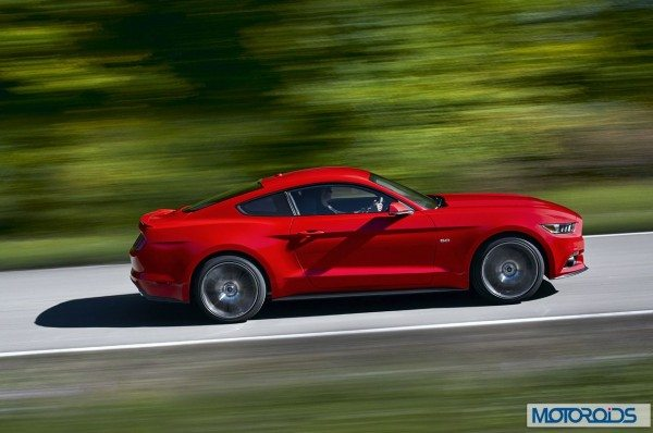 new-2015-Ford-Mustang-official-exterior-images-7