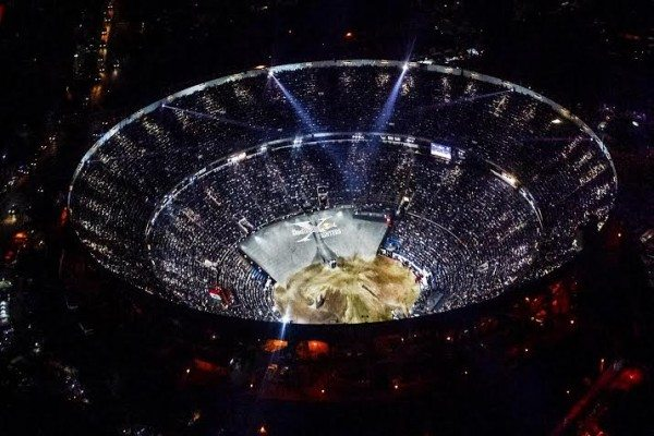 red-bull-x-fighters-images-2