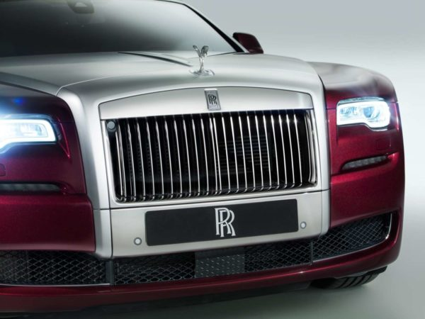 rolls-royce-plug-in-hybrid-images-2
