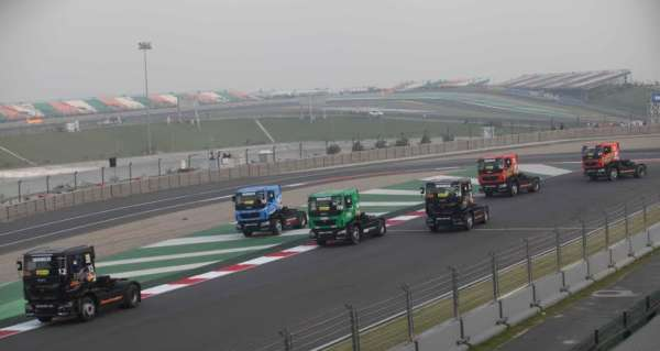 tata-prima-t1-truck-racing-images-2
