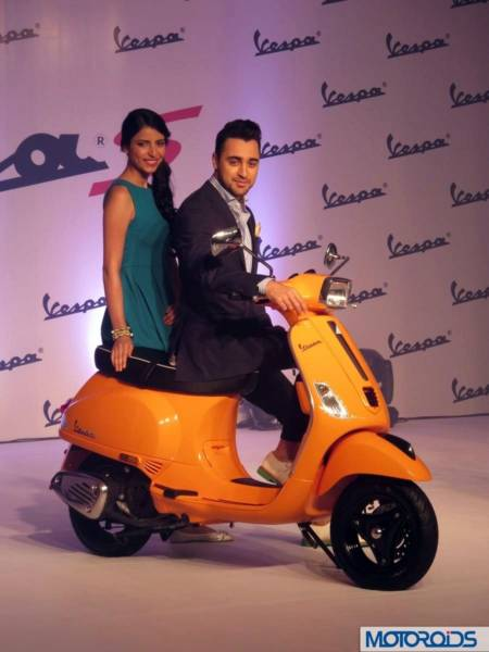 vespa S first Drive review (5)
