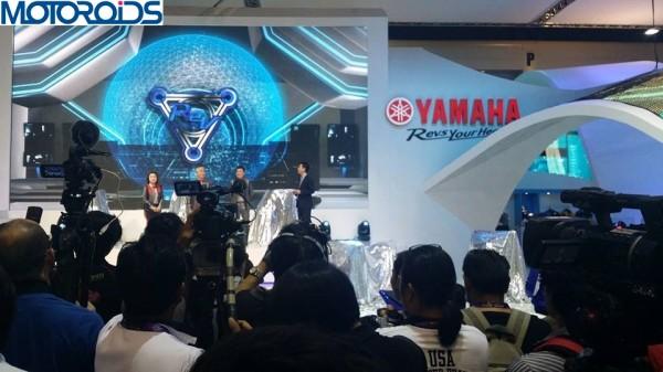 yamaha-r25-production-model-images-2