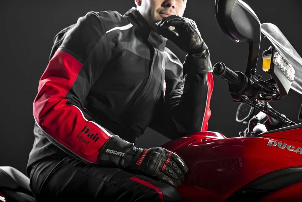 2014 Ducati Multistrada 1200 S Touring D Air (2)