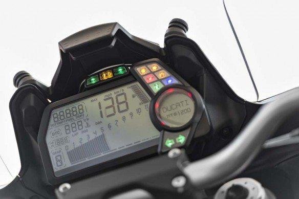 2014 Ducati Multistrada 1200 S Touring D Air dashboard