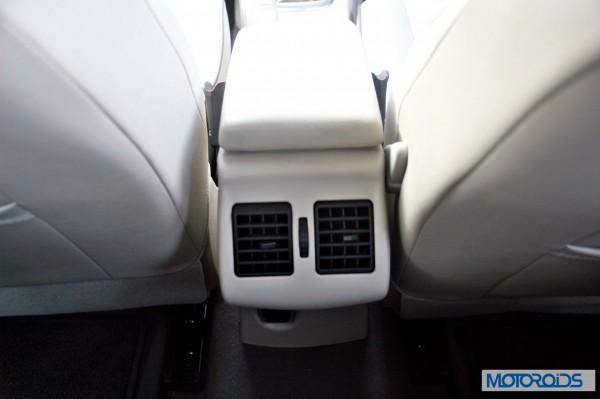 2014 Renault Fluence facelift interior (17)