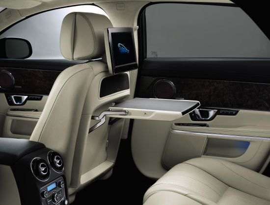 2014-jaguar-xj-interiors