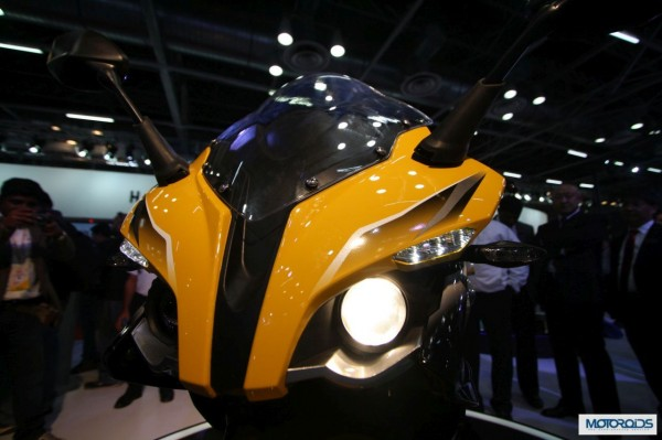 Bajaj Pulsar SS400 Launch in 2015; All images and details