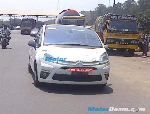 Citroen C4 Spotted Testing in Chennai; Mahindra Connection ?