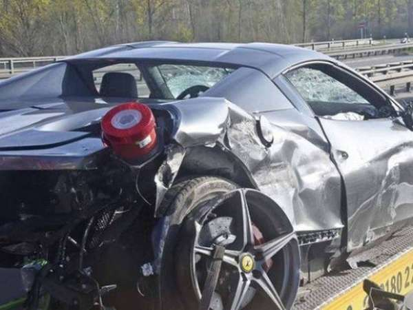 Ferrari-458-Spider-Crash-e