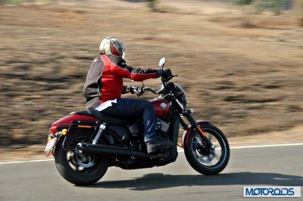 Harley davidson Street 750 action (7)