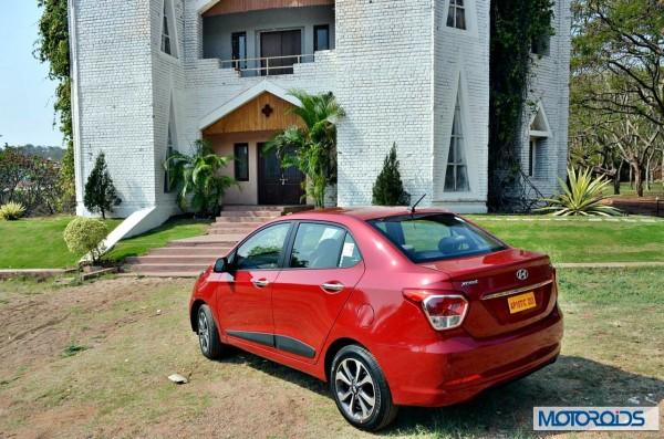 Hyundai Xcent Red (1)