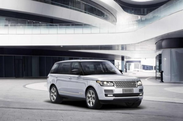 Range Rover Hybrid Long Wheelbase Unveiled at Beijing Auto Show