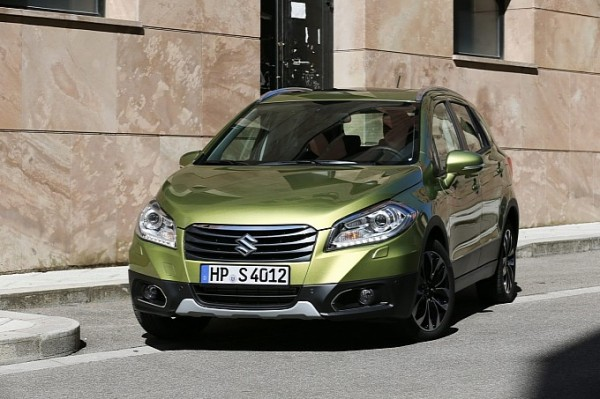 Maruti_Suzuki_SX4_S_Cross_India-4