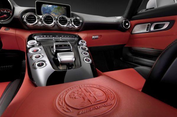 Mercedes-AMG-GT-interiors-images-2