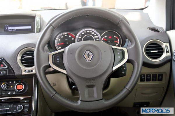 New 2014 renault Koleos steering wheels