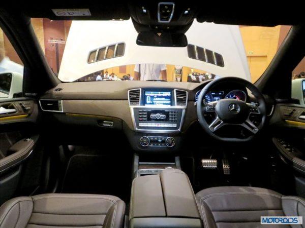 New mercedes GL 63 AMG interior (8)